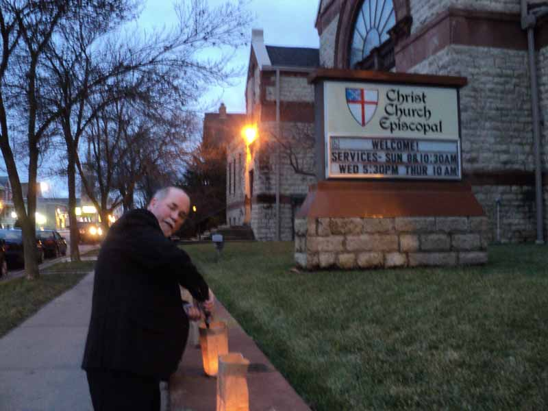 Christ Episcopal Church community outreach through luminarias